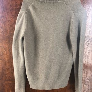 Men's Banana Republic button down sweater